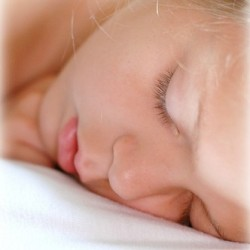 Improvements to sleep with higher DHA levels (Photo: rlcalamusa1)