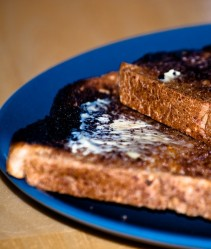 Toast bread to light brown and avoid burning it (Photo: DaGoaty)