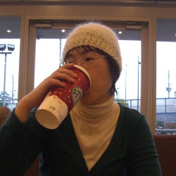 Large variations in the size of a cup of coffee (Photo: akatori)