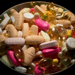 Dangers lurking in dietary supplements (photo: Steven Depolo)